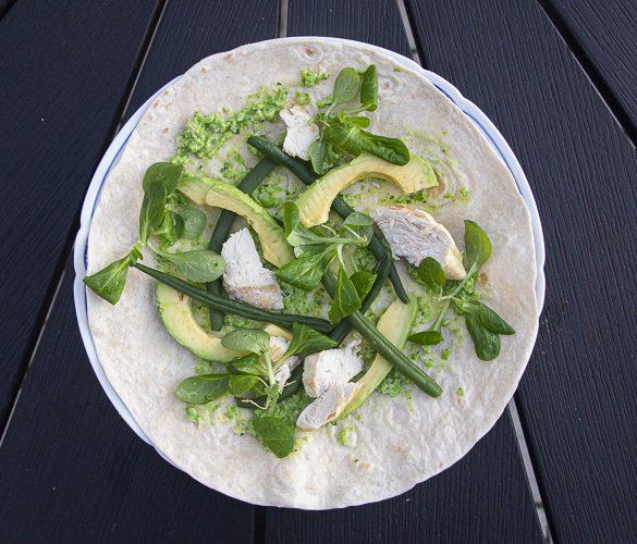 Frokost wrap med kylling og grønt - Have til Bord