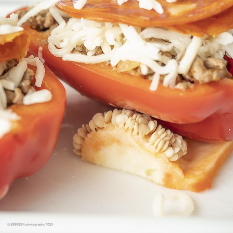 Fyldte peberfrugter med bonnesalat 0390